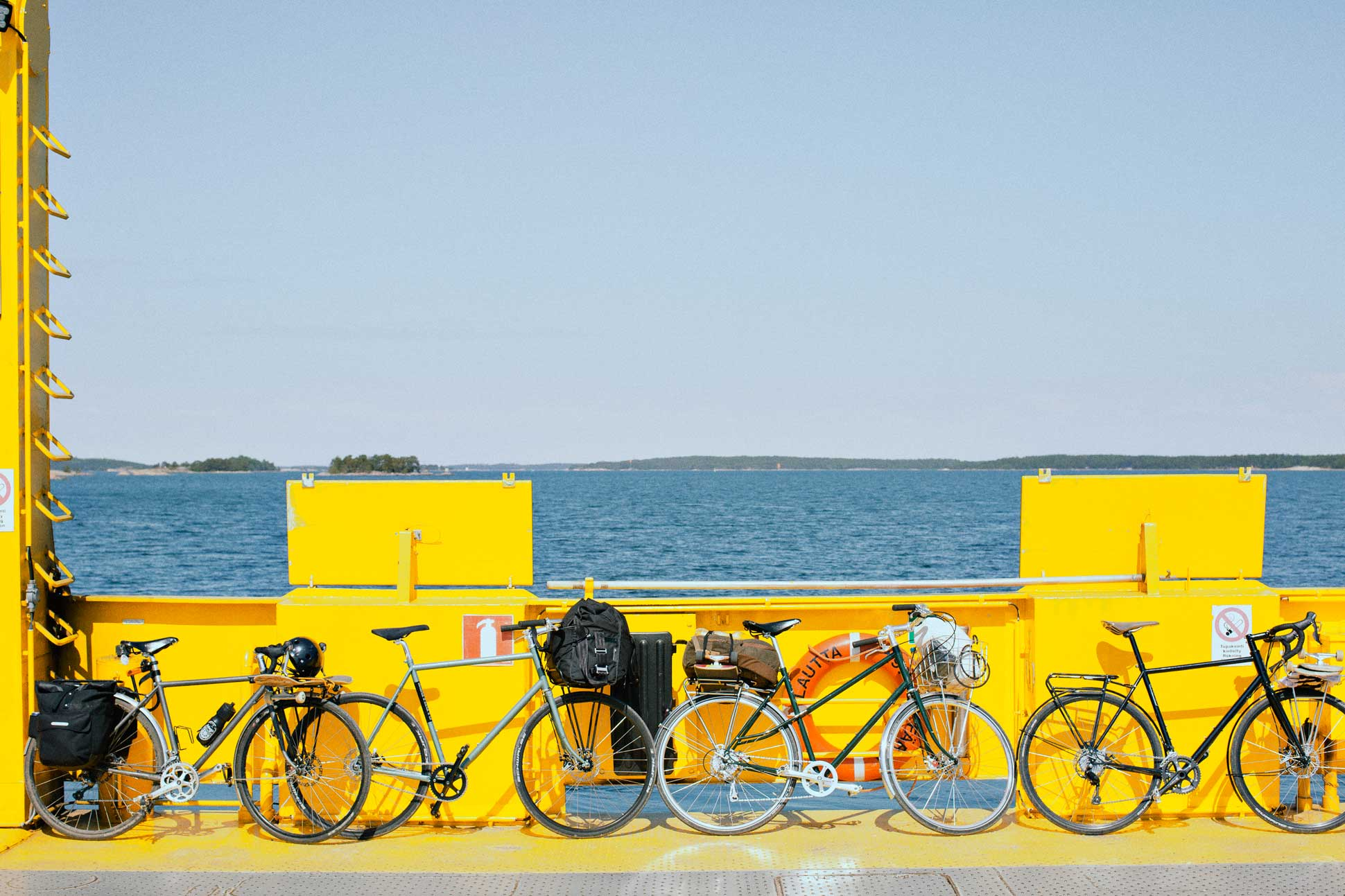 skatepelago_ferry_bikes